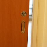 扉の取り替え